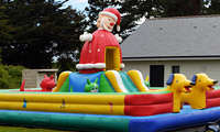 Inflatable bouncer and gammes for children in camping Ker Eden