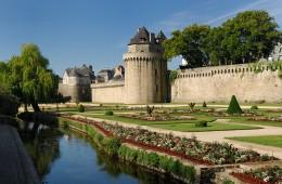 Les remparts de Vannes, place fortifiée