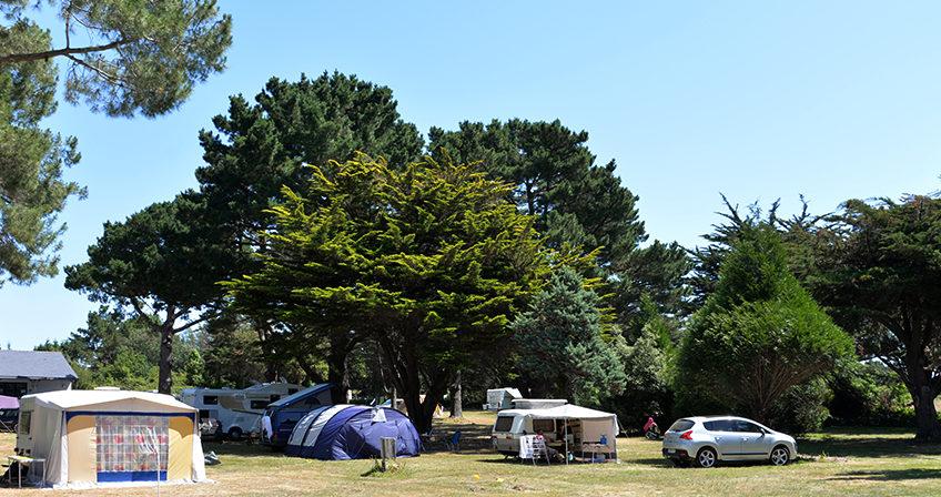 Emplacements pour tente et caravane au camping Ker Eden