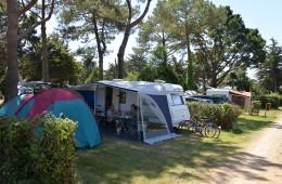 Empacement pour tente et caravane au camping Ker Eden