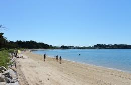 La plage de Locmiquel en face le camping Ker Eden