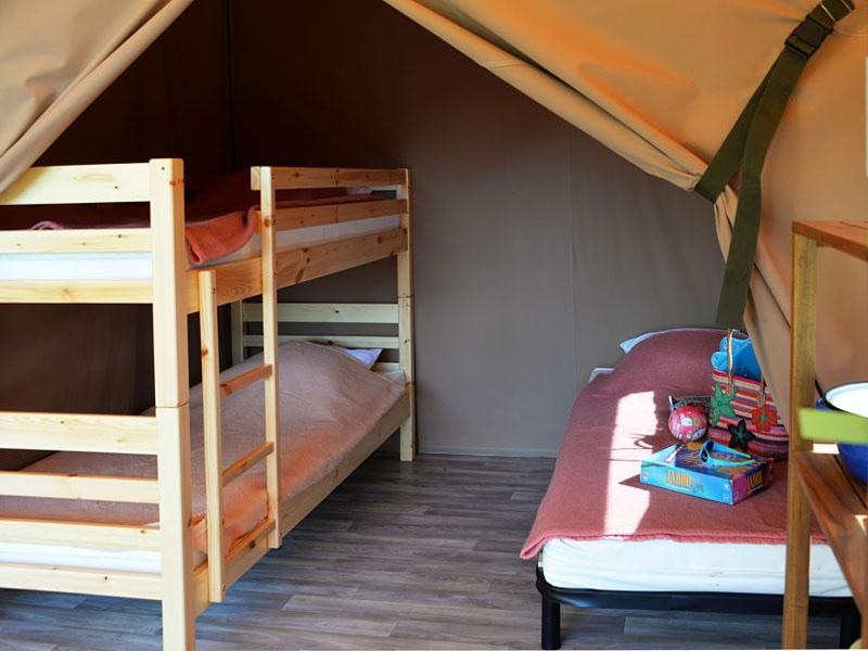 camping-ker-eden-tente-lodge-jeux-société