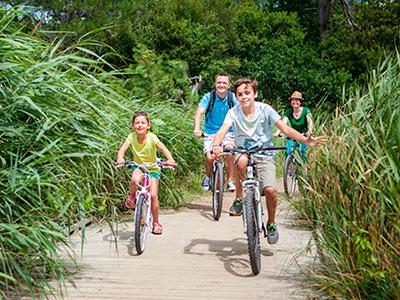 Vacances en famille en vélo au camping Ker Eden