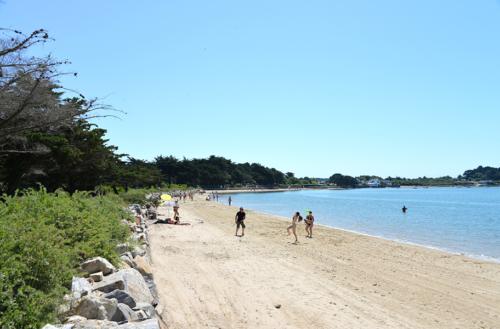La plage devant le camping Ker Eden