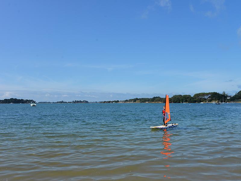 Planche à voile sur le Golfe du Morbihan